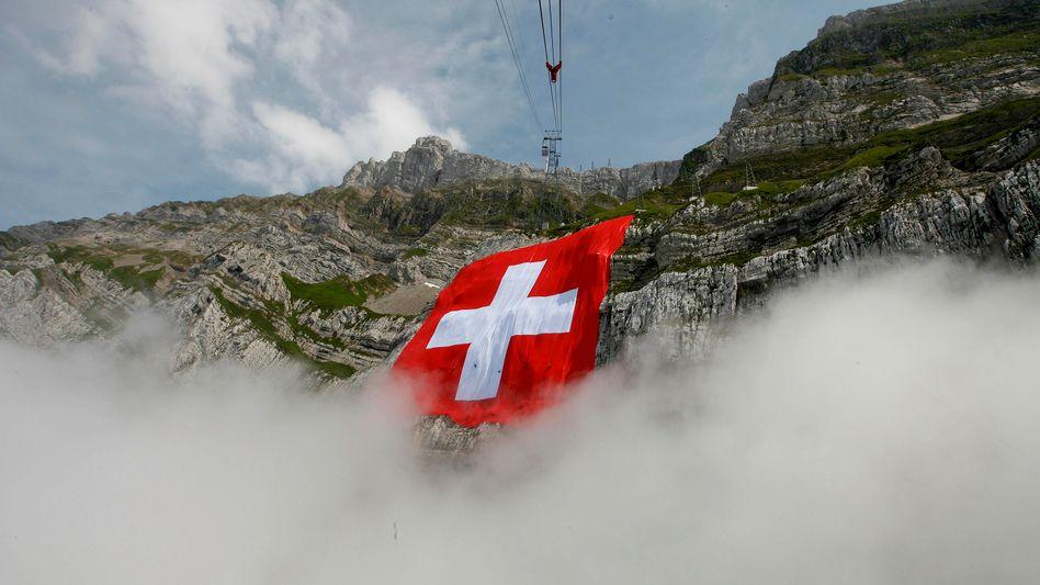 Bis zu 80 Milliarden Euro: Die Schweiz profitiert von deutschen Steuersündern