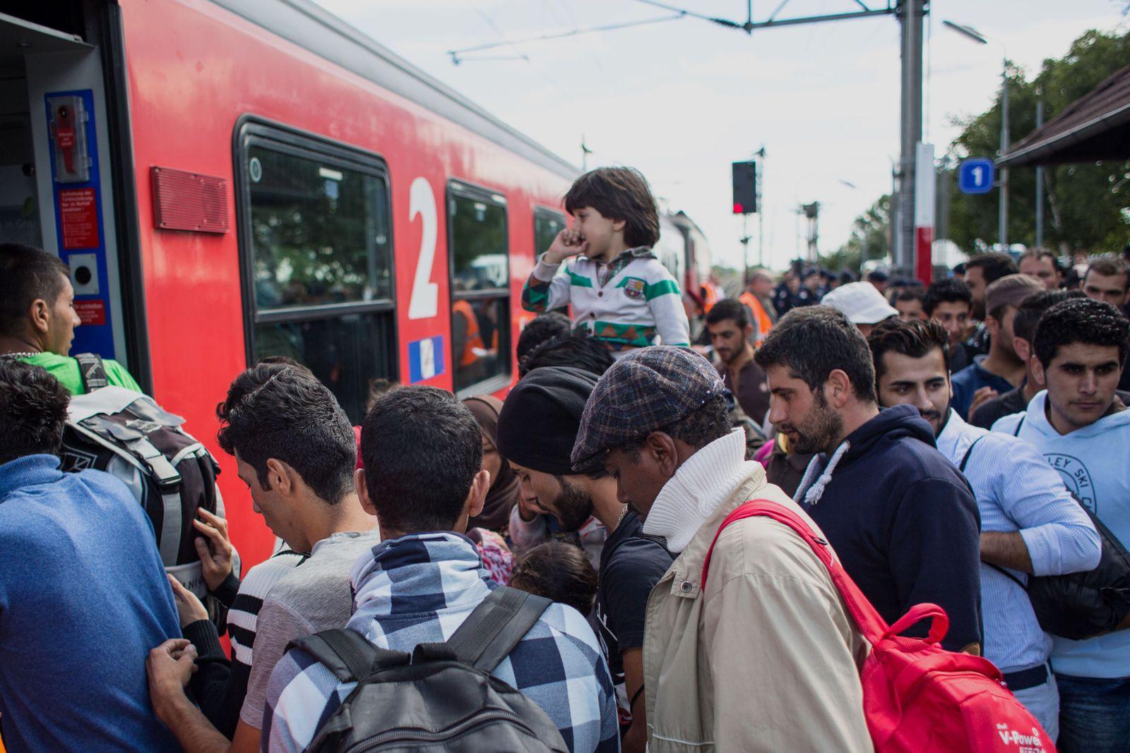 Österreich/ ÖBB/ Flüchtlinge