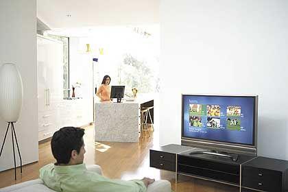 Zukunftsfernsehen: Durch Online-EPGs verschmelzen IPTV-Signal und Webfunktionen auf dem heimischen Bildschirm