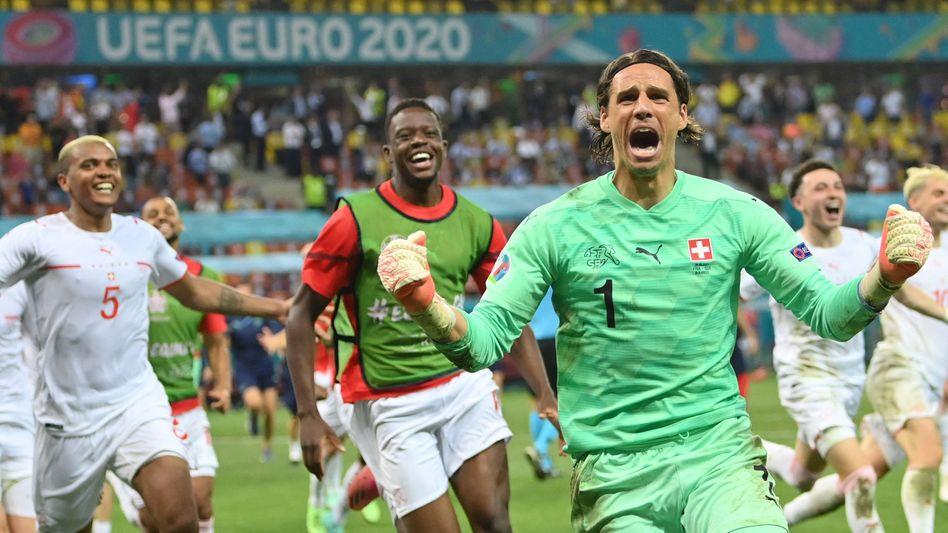 Elfmeterheld: Puma-Werbeträger Yann Sommer bejubelt in der Nacht zu Dienstag den Einzug der Schweiz ins EM-Viertelfinale