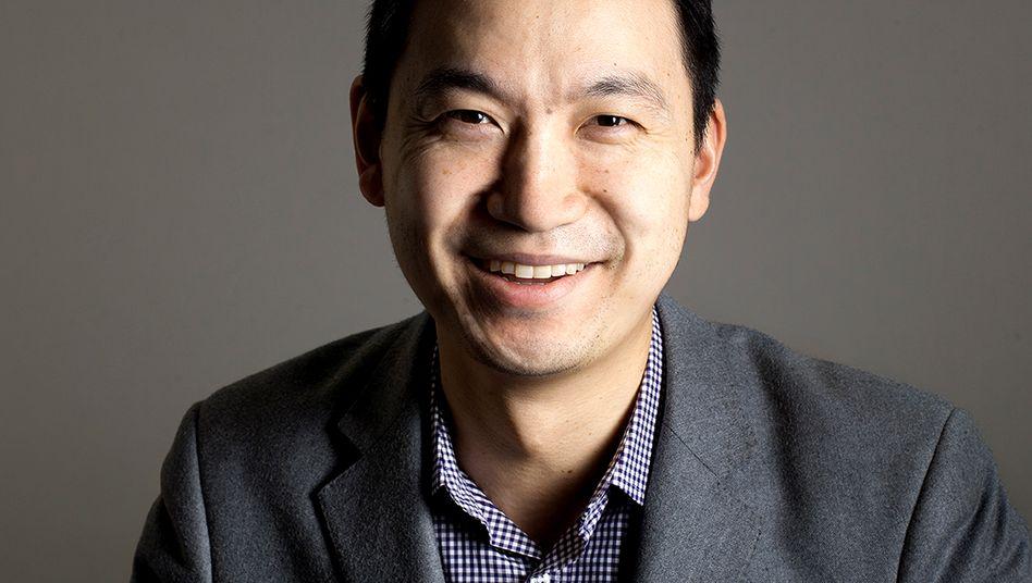 """Salesforce.com-Vorstand Hu gibt sich selbstbewusst: """"Wir werden nicht nur der größte Cloud-Anbieter bleiben, sondern zum größten Anbieter der Welt für Unternehmenssoftware überhaupt aufsteigen."""""""