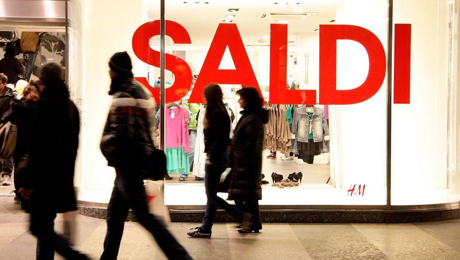 Einkommen und Konsum schrumpfen: Italien steckt in der Rezession, ist hoch verschuldet, die Sanierung der Staatsfinanzen wird immer schwieriger