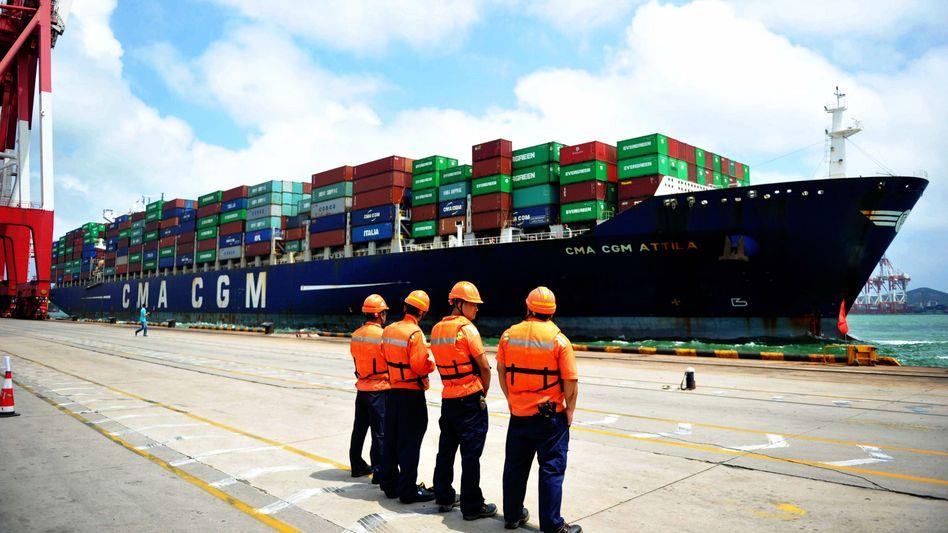 China kann trotzt Corona-Krise seine Exporte steigern. Doch ist die zweitgrößte Volkswirtschaft von der Normalität noch weit entfernt