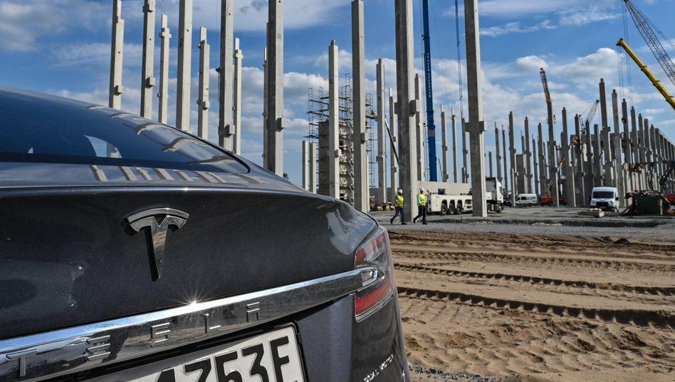Künftig EU-gefördert: Tesla-Baustelle in Grünheide (Mark)