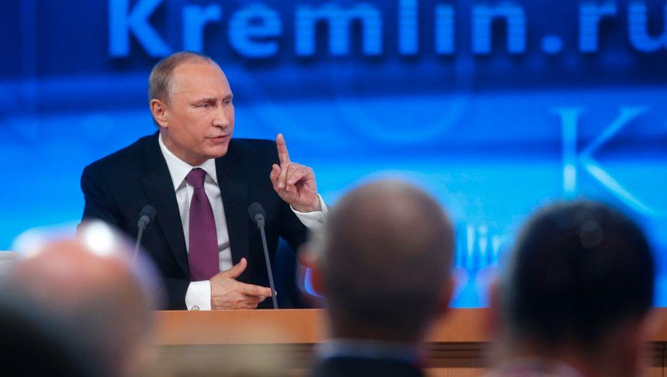 """""""Meilensteine in der vaterländischen Geschichte"""": Russlands Präsident Putin kürzlich vor Journalisten in Moskau"""