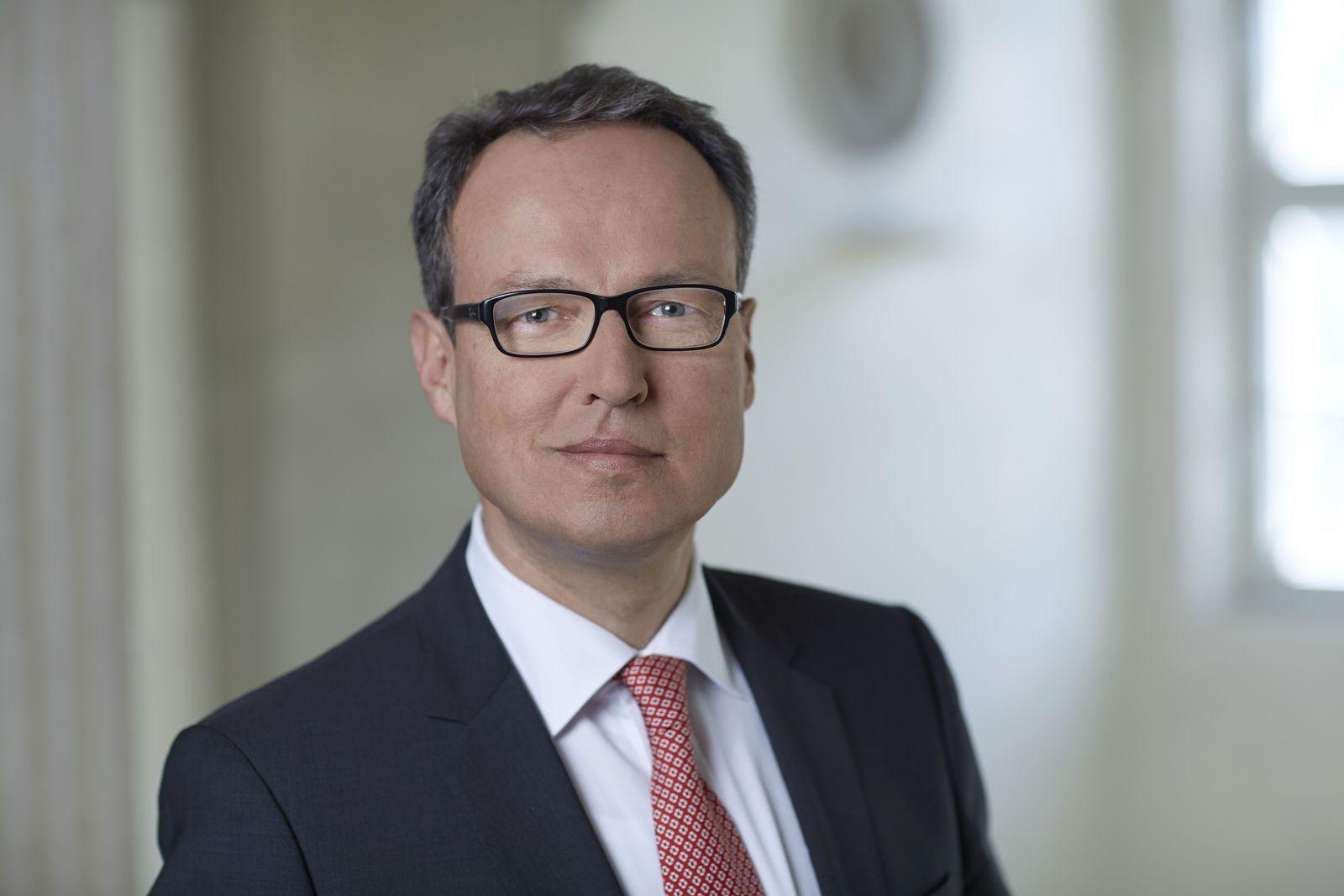 Hinrich J. Woebcken
