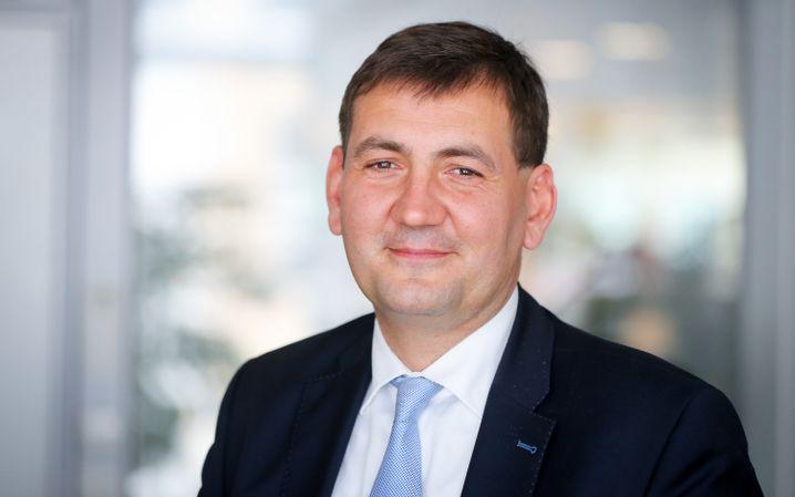 Gunnar Kilian: Der Generalsekretär des Betriebsrats könnte zum neuen Personalvorstand bei VW aufsteigen. Gemeinsam mit Betriebsratschef Bernd Osterloh nähme Kilian dann Herbert Diess in Doppel-Deckung