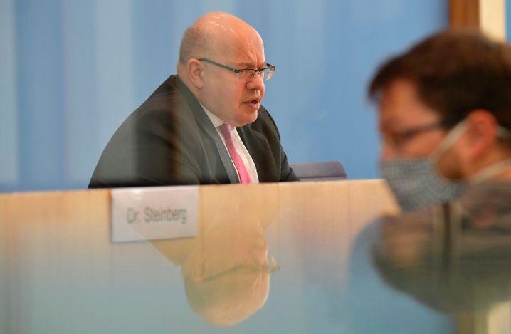 """Bundeswirtschaftsminister Peter Altmeier will zur Entlastung der Wirtschaft einen """"Belastungs-Tüv"""" für bereits beschlossene Gesetze"""