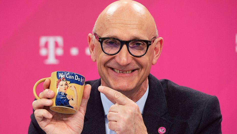 """""""We can do it"""": Telekom-Chef Timotheus Höttges dürfte sich schon längst mit einem möglichen Kauf weiterer T-Mobile-US-Papiere beschäftigen. Die"""