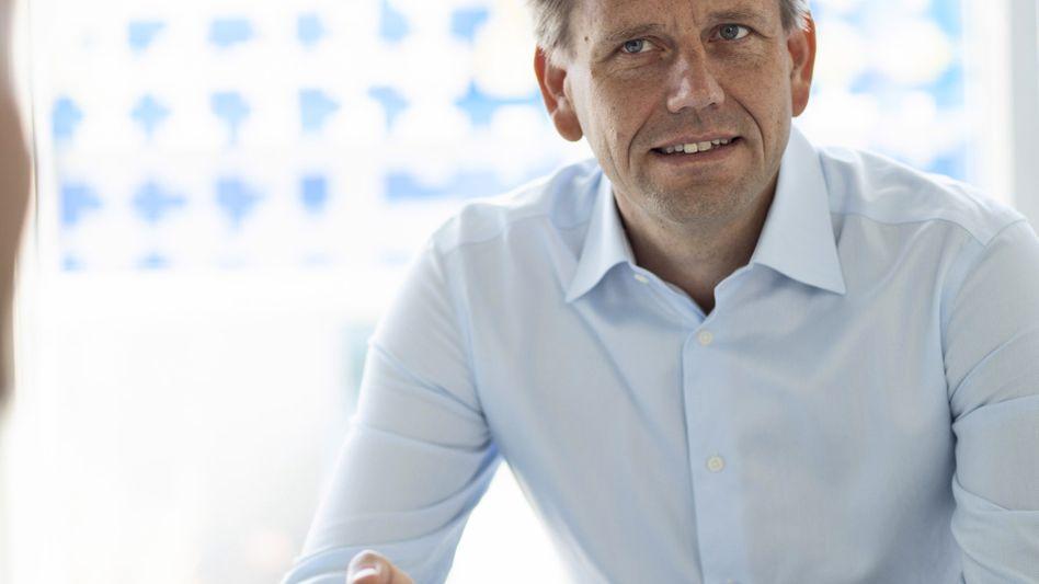 Seit Januar 2018 ist Oliver Steil CEO von Teamviewer. Der einstige McKinsey-Berater kam vom Eigentümer Permira zur Göppinger Firma, die seit 2005 cloudbasierte Kommunikationstechnik anbietet.