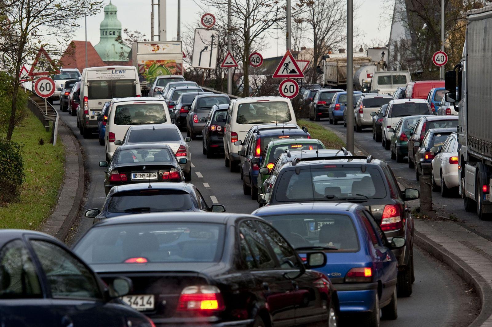 Berlin / Verkehr / Stau
