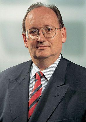 Günther Heckelmann (55), Seniorpartner bei Baker & McKenzie: Baute in den 80ern die Arbeitsrechtspraxis auf, die weder als sexy noch als sehr profitabel galt. Heckelmann ergriff seine Chance - heute ist der Bereich einer der wichtigsten Gewinnbringer der Kanzlei.