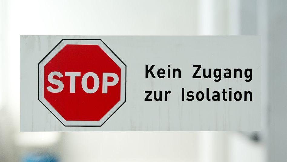 Alles auf Stop? Die Deutschen müssen sich auf einen verlängerten Lockdown und schärfere Regeln wie Ausgangssperren einstellen