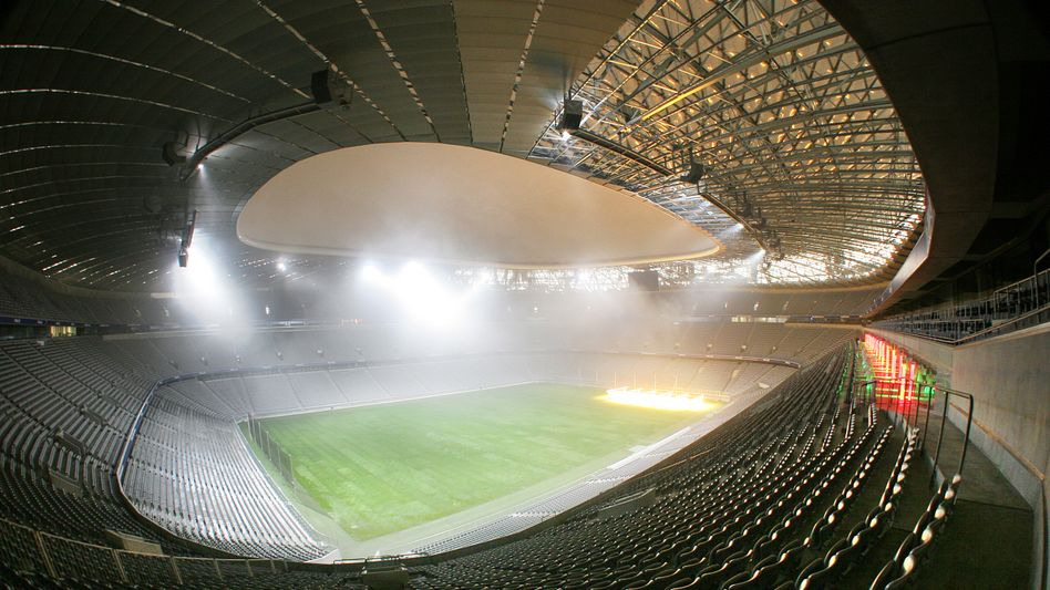 """Allianz Arena in München: """"Edmund, wir brauchen ein neues Stadion"""""""