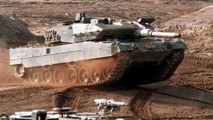 Vorzeigeprodukt deutschen Rüstungs-Knowhows: Kampfpanzer Leopard 2 A5 von KMW