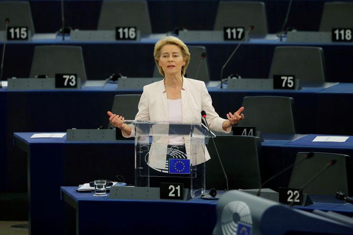 """""""Wer ... dieses Europa schwächen, spalten oder ihm seine Werte nehmen will, der findet in mir eine erbitterte Gegnerin"""": Ursula von der Leyen vor dem EU-Parlament in Brüssel"""