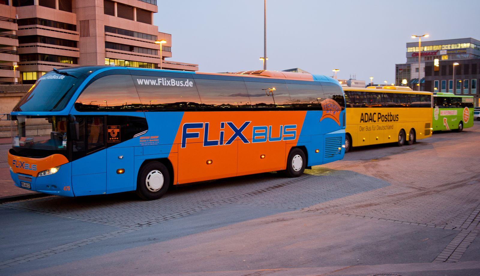 Fernbusse in Hannover / Busbahnhof