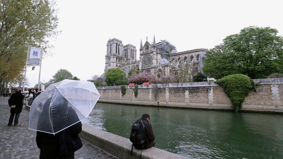 Notre-Dame in Paris: Das Feuer ist gelöscht