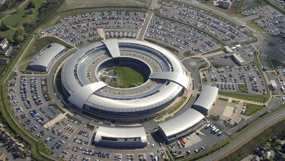 """Britischer Geheimdienst """"Government Communications Headquarters"""" (GCHQ): Verstrickt in globale Ausspähaktionen"""