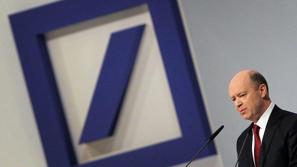 Eine gewisse Schieflage der Deutschen Bank ist unverkennbar. Aber so schlimm stehe es um das Geldhaus gar nicht, sagt Vorstandschef John Cryan