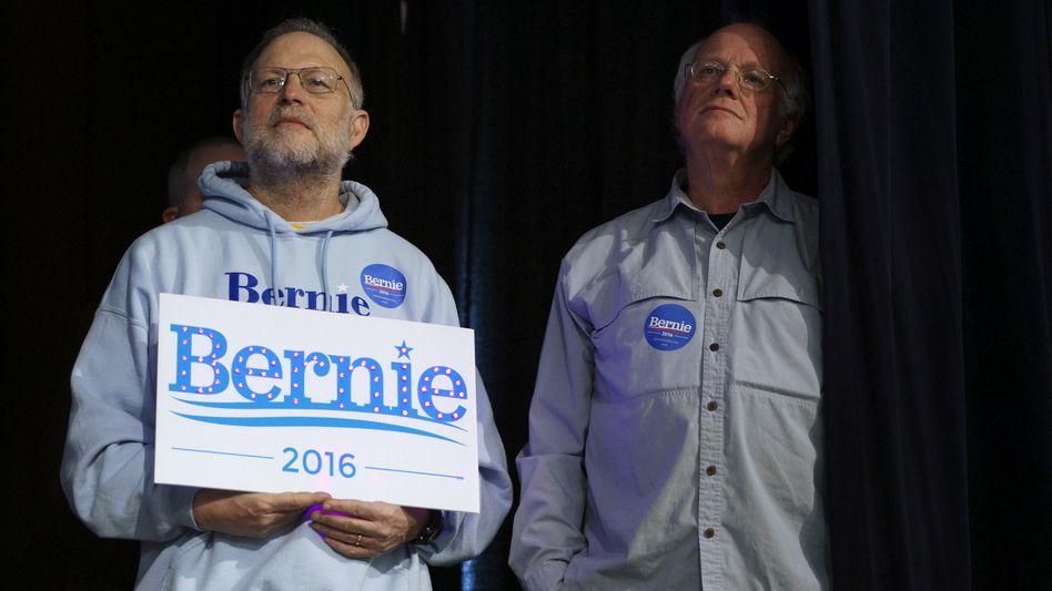 Brüder im Geiste: Firmengründer Ben Cohen (r) und Jerry Greenfield machen Wahlwerbung für den Sozialisten Bernie Sanders
