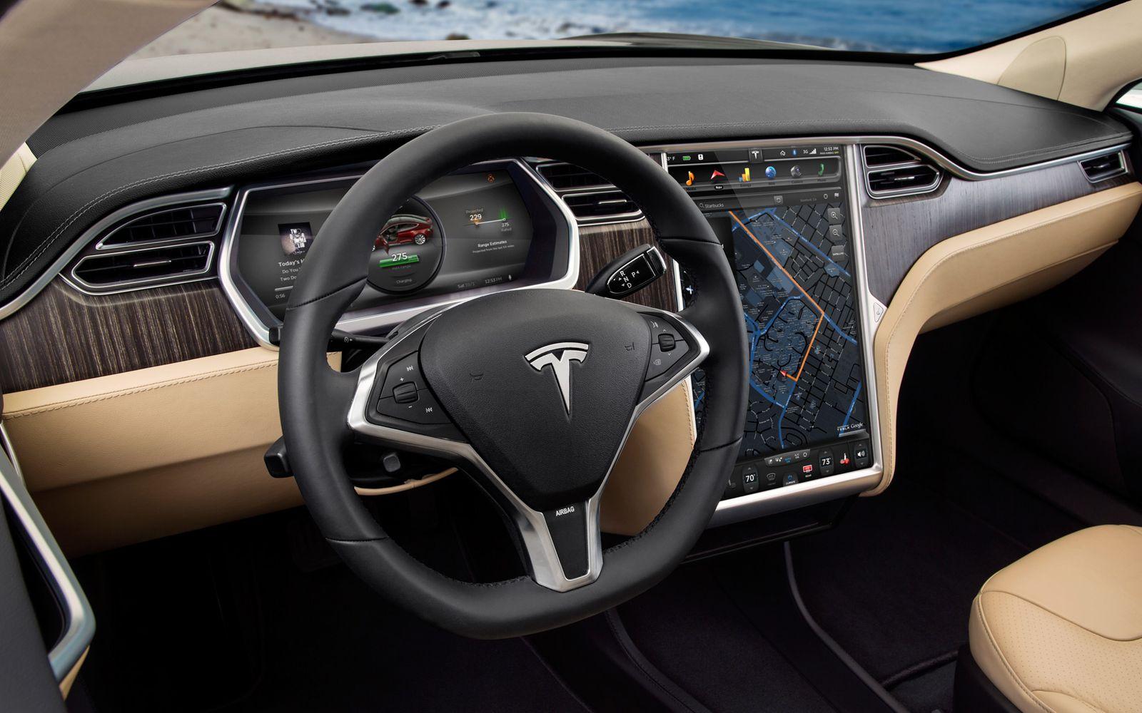 Tesla S / Armaturenbrett