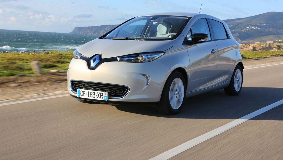 Renault Zoe: Den Elektro-Kleinwagen gibt es nun für 16.500 Euro. Trotz des satten Rabattes von 5000 Euro spart Renault dank der staatlichen Kaufprämie noch Geld - und setzt einen neuen Kampfpreis