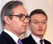 Traten nur ungern gemeinsam vor die Kamera: Esser (rechts) und sein Bezwinger Gent