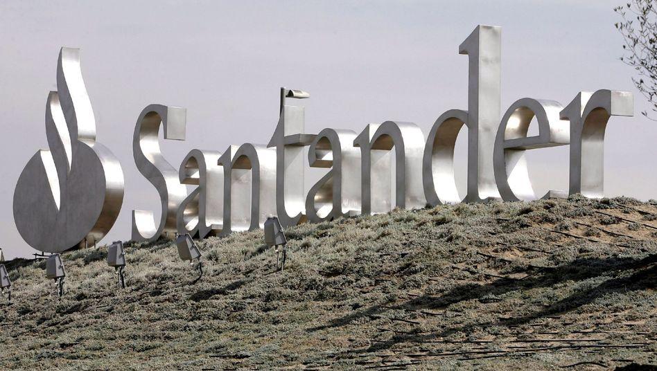 Die Abwärtsspirale dreht sich weiter: Neben Branchenriesen wie der Banco Santander sind von der Abstufung vor allem kleinere Institute betroffen