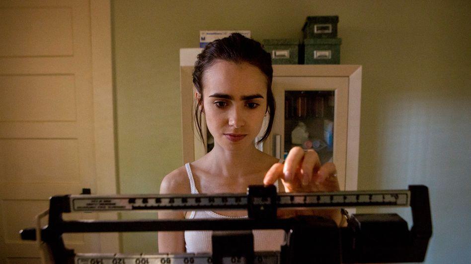"""""""To The Bone"""": Die Geschichte der bulimiekranken Ellen (Lily Collins) war ein Netflix-Kassenschlager"""