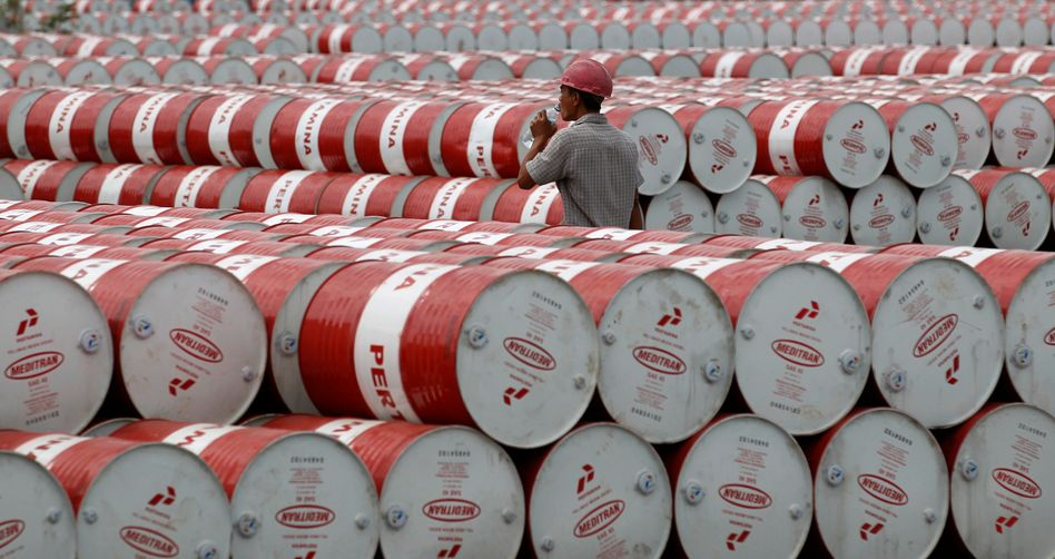 Wohin mit all dem Öl? Der Preis für ein Fass WTI Öl ist in den negativen Bereich gefallen. Wer Öl abnimmt, bekommt Geld