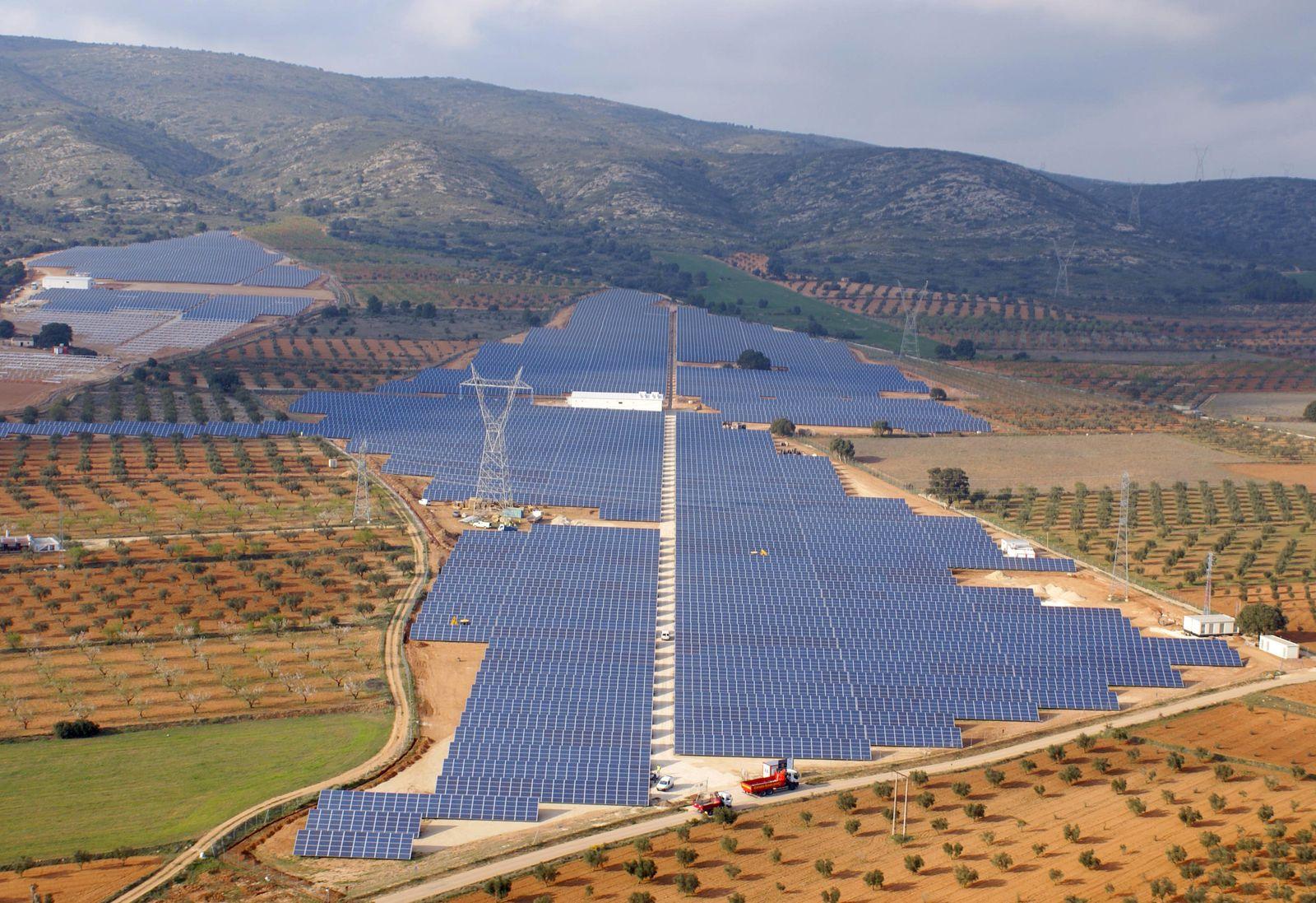 Solarpark Beneixama in Spanien