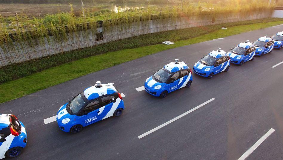 Roboterautos in China mit Selbstfahrttechnik von Baidu im Test