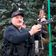 Präsident Lukaschenko geht jetzt mit Maschinenpistole zur Arbeit