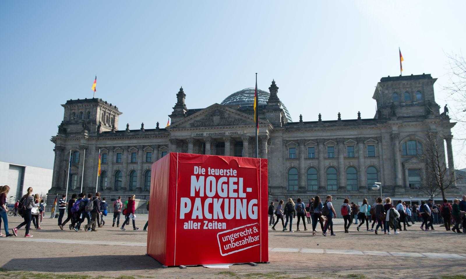Bundestag / Protestplakat Bündnis 90/Die Grünen
