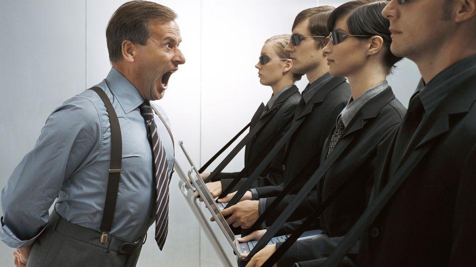 Der Verhaltenskodex einiger Unternehmen engt den Mitarbeiter unnötig ein und demotiviert ihn