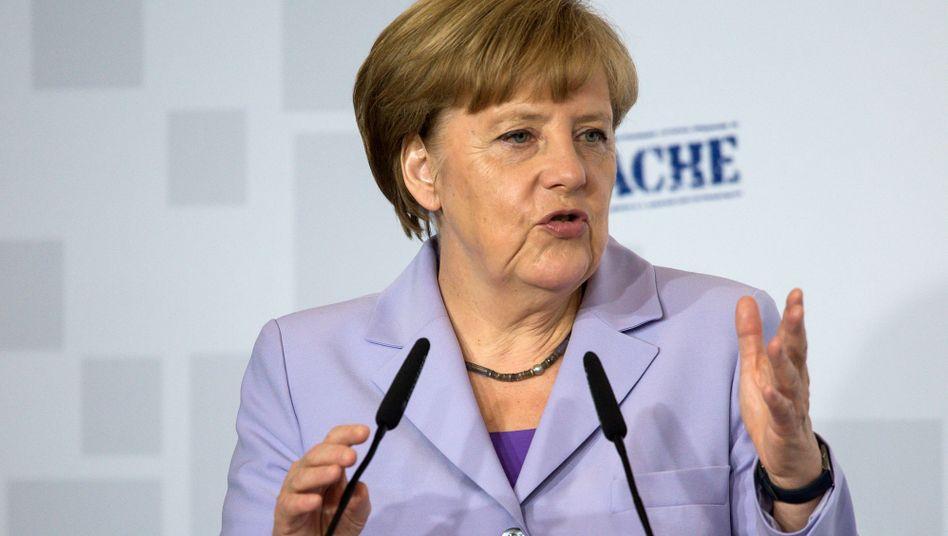 """Angela Merkel mal nicht in Sachen Griechenland unterwegs sondern gestern bei der Auftaktveranstaltung zur Gründung des Netzwerks """"Chefsache. Wandel gestalten - für Frauen und Männer"""""""