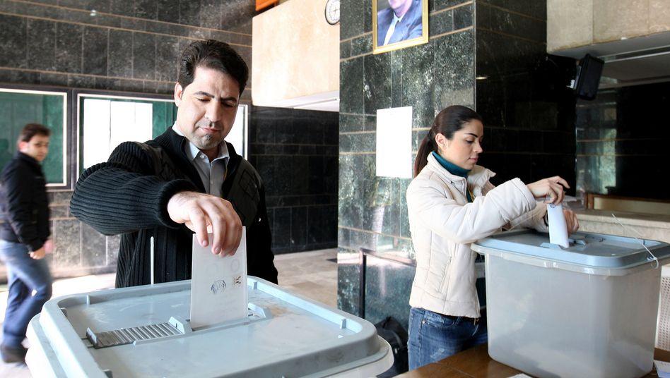 Abstimmung in Damaskus: Syrien startet Verfassungsreferendum