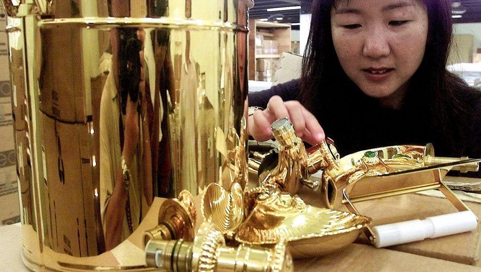 Zukunftsmarkt Asien: In Fernost steigt die Nachfrage nach Goldinvestments - die Notenbanken suchen nach einer Absicherung gegen den schwachen Dollar