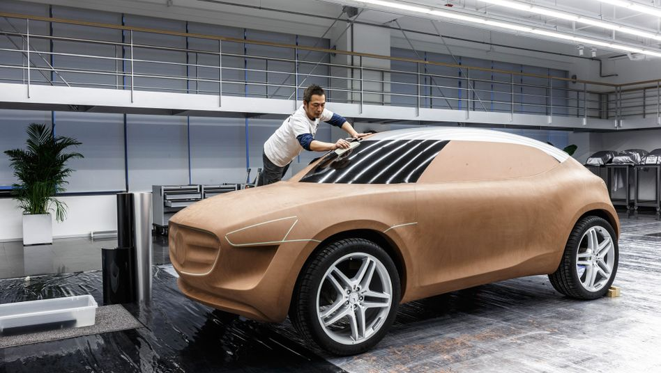 Mercedes Design Studio in Peking: Auch Daimler bekommt die neue Gangart der chinesischen Behörden zu spüren