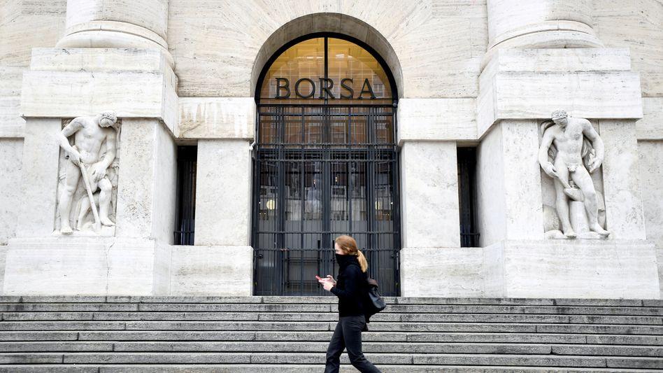 Eingang der Mailänder Börse
