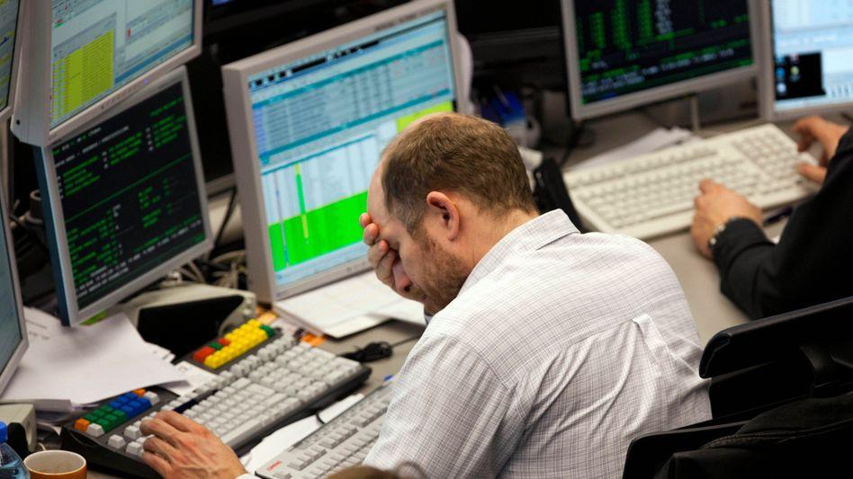 Und wieder abwärts: Das Vertrauen der Anleger ist angeschlagen. Der Dax fällt am Dienstag weiter ab. Für die Deutsche Bank ist das eine günstige Einstiegsmöglichkeit