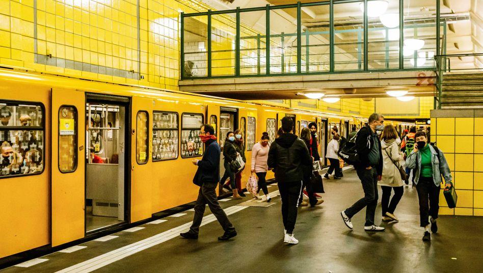 Berliner U-Bahn: Die Hauptstadt zählt jetzt zu den innerdeutschen Risikogebieten