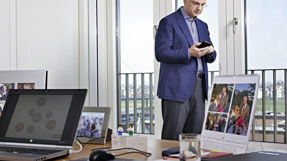 Auge drauf Chef Johannes Teyssen überwacht den Prozess im Lenkungsausschuss