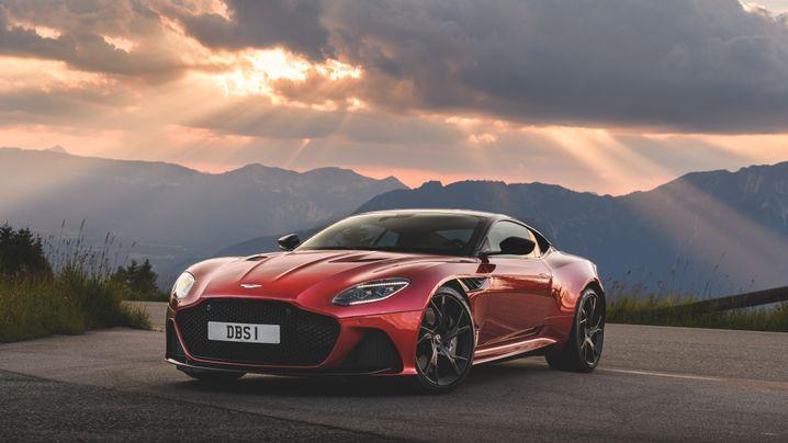 Aston Martin DBS Superleggera: Passt kaum ins Parkhaus