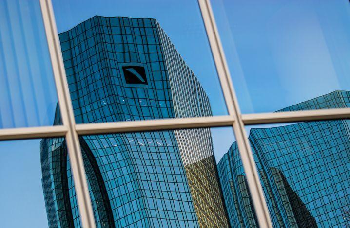 Neue Ermittlungen: Deutsche Bank.