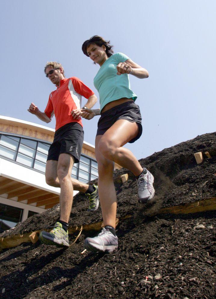 Crosslauf: Es geht auch mal durch Matsch und über Hindernisse
