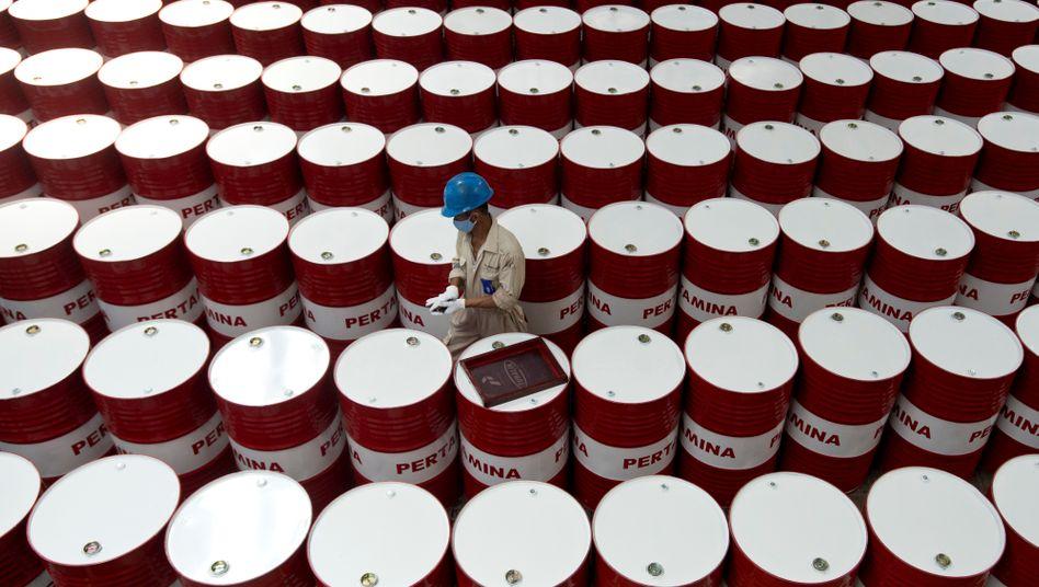 Ölfässer: Der Preis je Fass verschiedener Ölsorten stabilisiert sich