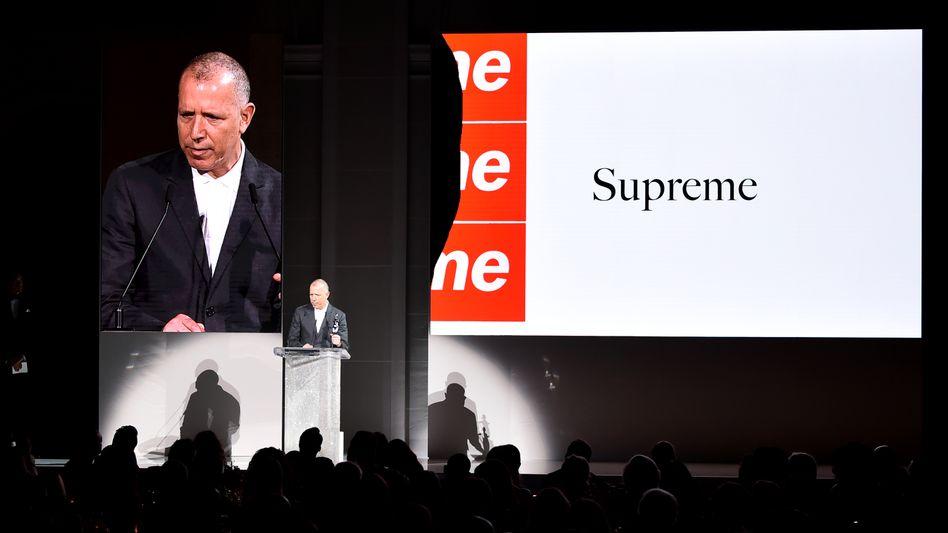James Jebbia wird von der CFDA zum Herrenmode-Designer des Jahres gekürt (Juni 2018)