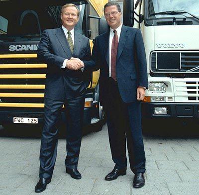 Müssen ihre Fusionspläne fürs Erste begraben: Scania-Chef Leif Ostling und Volvo-Boss Leif Johansson
